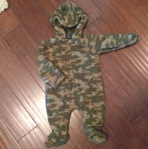 Other - Camo baby winter body suit